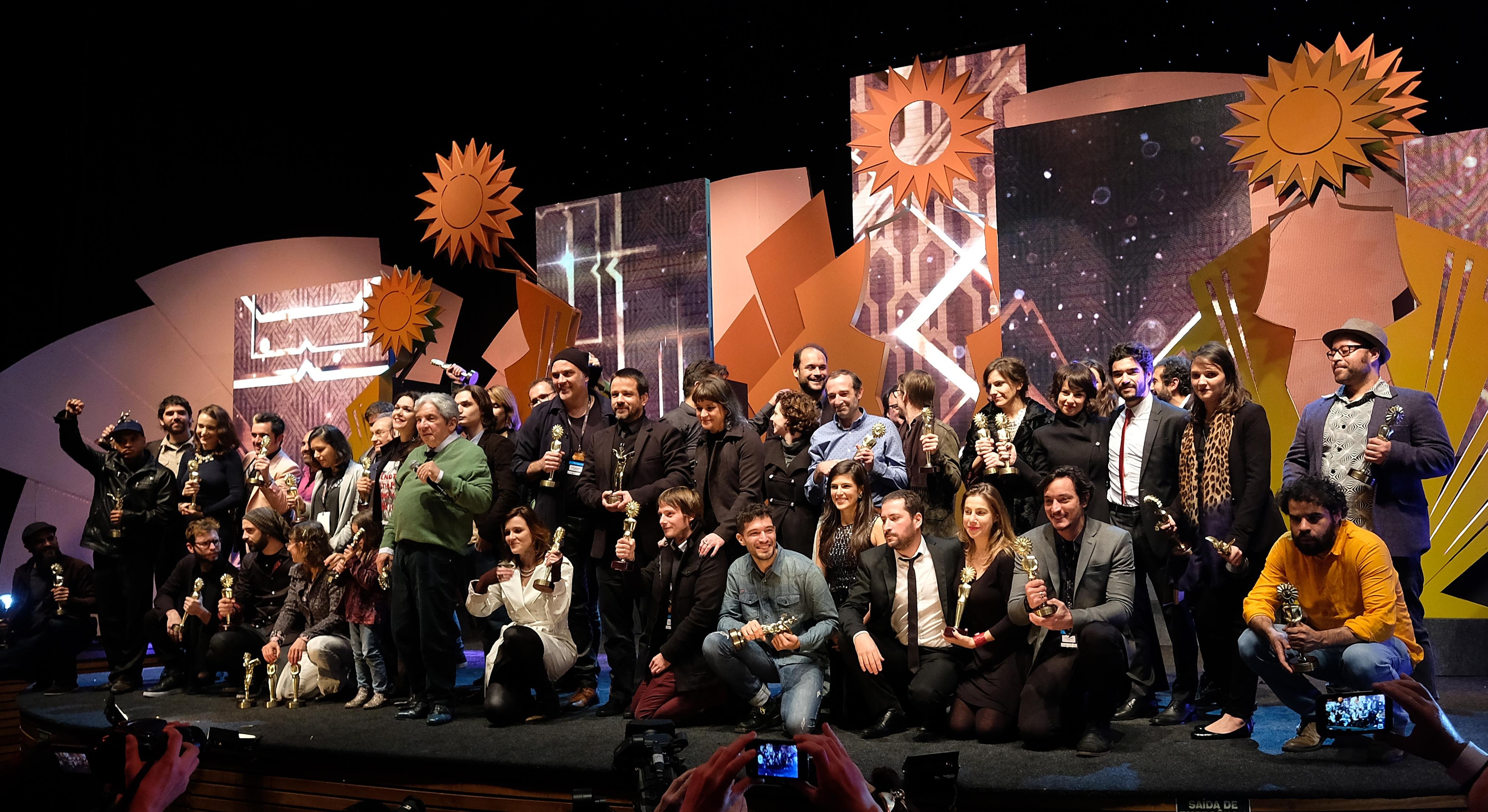 44º Festival de Cinema de Gramado - 03/09/2016 - Cerimônia de Premiação - Vencedores - - Foto: Edison Vara/Pressphoto